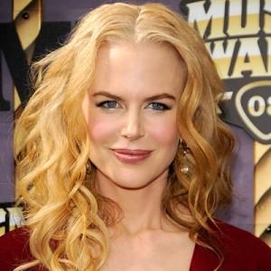 Nicole Kidman  da riccia a liscia. Storia di un evoluzione cc25c61ebcc1